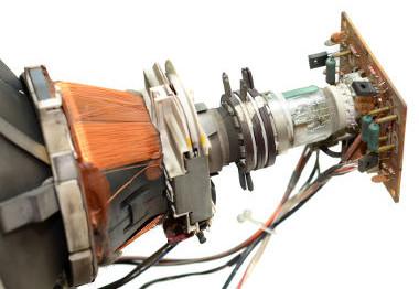 Tubo de raios que compõe a TV CRT