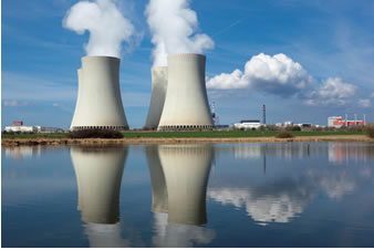 Uma usina nuclear sempre é instalada perto de fontes de águas naturais