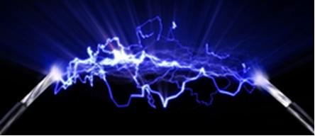 A eletrólise se inicia por meio da passagem de corrente elétrica por um sistema líquido