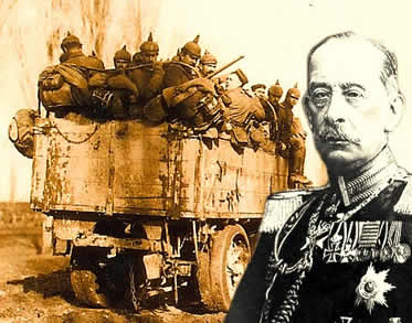 Alfred von Schlieffen e as tropas alemãs executoras de seu plano militar durante a Primeira Guerra.