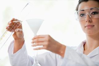 A filtração comum é um método de separação de misturas bem simples, que não precisa de muitas vidrarias