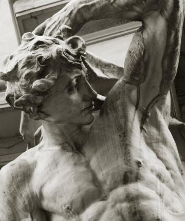 """O deus grego Apolo representa a idealização do homem, """"a medida de todas as coisas"""" para Protágoras"""