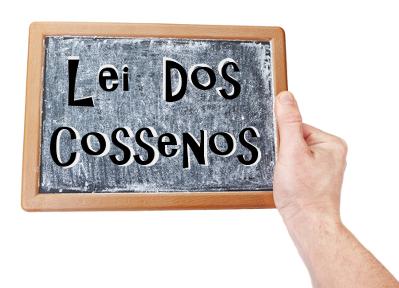 Conheça a lei dos cossenos, uma propriedade trigonométrica que pode ser aplicada em qualquer triângulo