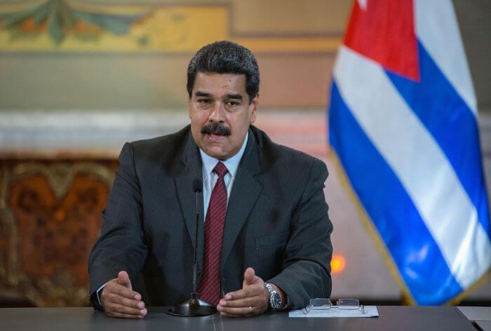 Após Maduro assumir o poder em 2013, a crise política e econômica da Venezuela agravou-se.*