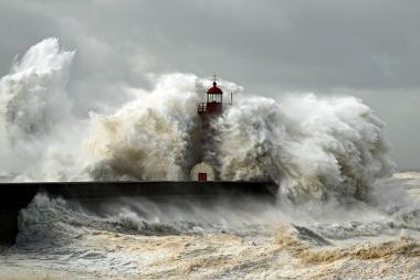 Os maremotos podem gerar terríveis catástrofes