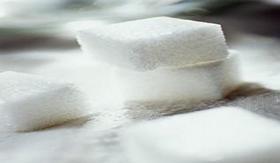 Açúcar: composta por sacarose.