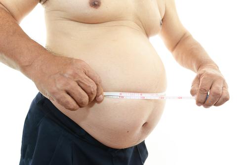 Algumas pesquisas sugerem que um metabolismo lento pode influenciar na obesidade