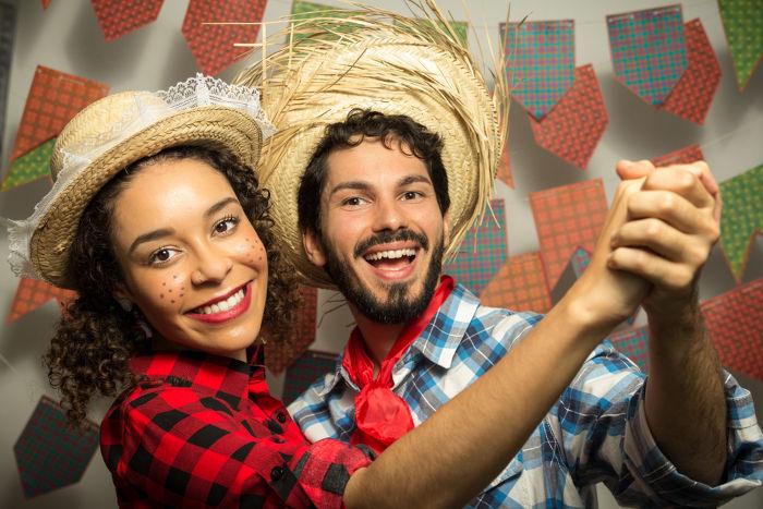 Grande parte das simpatias de festas juninas diz respeito ao relacionamento amoroso