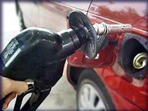 Gasolina, um hidrocarboneto de cadeia aberta.