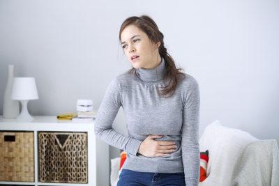 A cólica menstrual pode afetar diretamente o dia a dia da mulher