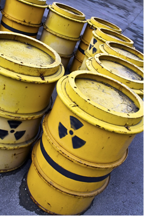O período de meia-vida ou de semidesintegração ajuda a determinar por quanto tempo o lixo radioativo deve ser isolado