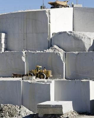 Exploração do granito, em Madrid - Espanha
