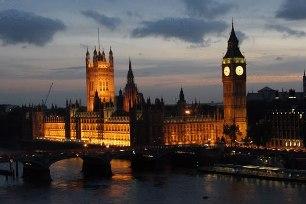Londres, berço da Revolução Industrial e da urbanização contemporânea.