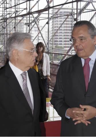 Fernando Henrique Cardoso foi o primeiro presidente reeleito em dois mandatos consecutivos.*