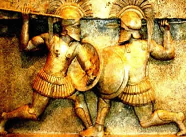 Os prolongados conflitos da Guerra do Peloponeso enfraqueceram as cidades-Estado gregas.