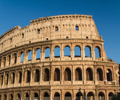 O Coliseu em Roma é um dos exemplos das construções grandiosas da Idade Antiga