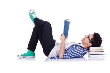 Cada nível de aprendizado possui uma literatura específica para auxiliar os estudos