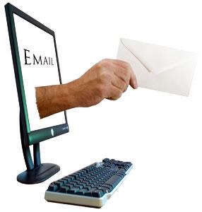 O e-mail é uma das principais ferramentas da internet.