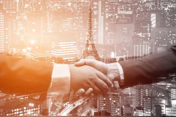 Acordo de Paris pretende conter o aumento do aquecimento global.