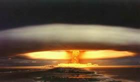Explosão de uma bomba atômica.