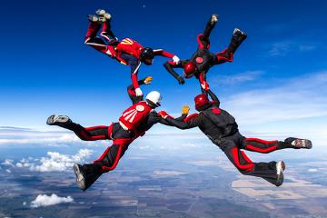 Em situações que causam estresse e excitação, ocorre a liberação de adrenalina