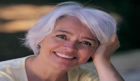 A reposição hormonal melhora as condições de vida durante a menopausa.