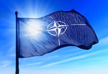Bandeira da Otan (Organização do Tratado do Atlântico Norte)