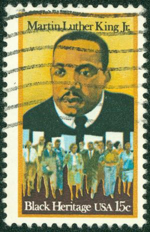 Martin Luther King foi um dos maiores líderes do movimento social contra a discriminação racial na história dos Estados Unidos *