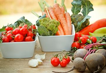 Alimentos de origem vegetal apresentam maior teor de água do que os de origem animal