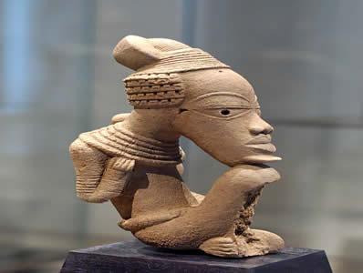Estatueta de terracota da cultura Nok.*