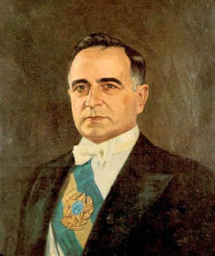 Getúlio Vargas – ditador militar da época de 30 - Segunda fase do Modernismo no Brasil