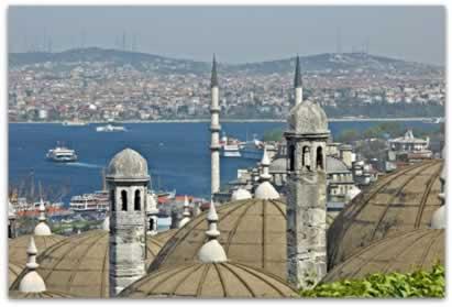 Antiga capital do Império Romano do Oriente, Constantinopla (atual Istambul, capital da Turquia)