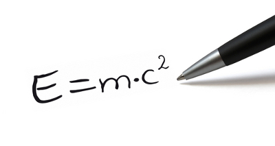 A equação da massa relativística fornece a relação entre a energia e a massa de um corpo