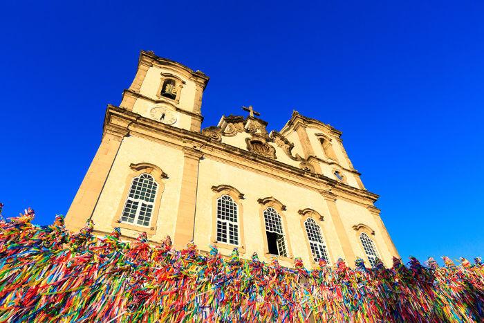 A Igreja do Bonfim foi construída no século XVIII quando uma réplica da imagem do Senhor do Bonfim foi trazida de Setúbal, em Portugal, para Salvador.