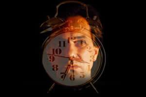 A morte causada pela FFI é decorrente da ausência de sono.