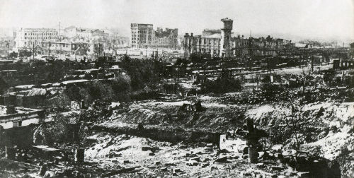 Na imagem, a destruição da cidade de Stalingrado durante a batalha travada entre 1942 e 1943