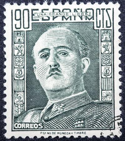Francisco Franco governou a Espanha por trinta e nove anos *