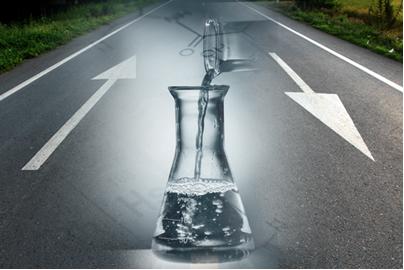 No Equilíbrio Químico, a reação se processa com a mesma rapidez em dois sentidos