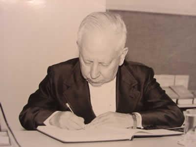 Henrique Cláudio de Lima Vaz, pensou sobre questões humanistas