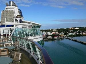 Vista panorâmica da cidade de Saint John's, capital da Antígua e Barbuda.