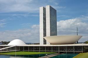 Como funciona o sistema político brasileiro?