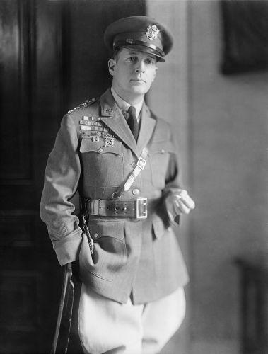 O general Douglas MacArthur liderou a ocupação americana no Japão
