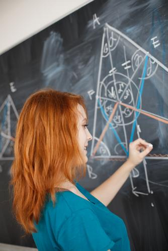 Identificando os pontos notáveis em um triângulo