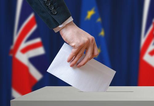 Em 23 de junho de 2016, o Reino Unido, por meio de um referendo, saiu da União Europeia.