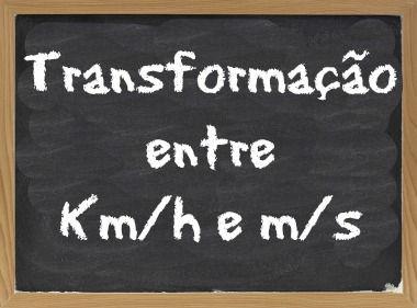 A transformação entre as unidades km/h e m/s é feita pelo fator 3,6