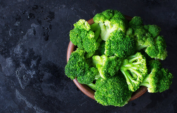 O brócolis é um alimento nutritivo que tem sido cada vez mais comercializado.