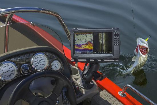 É possível determinar a posição de cardumes por meio da reflexão de ondas sonoras captadas por um sonar