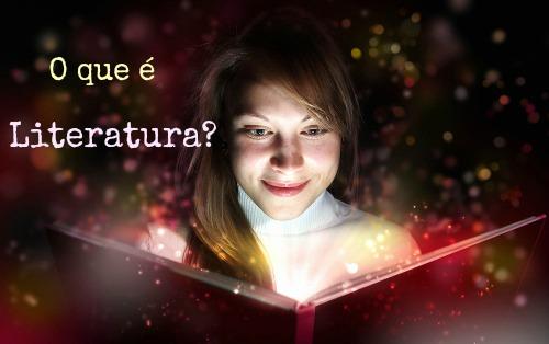 A Literatura é uma das manifestações da arte e é conhecida como sendo a arte das/com as palavras