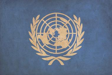 Logomarca da ONU, criada a partir de projeção cartográfica azimutal