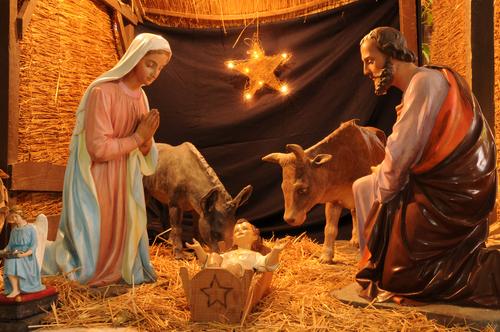 Representação do nascimento do Menino Jesus